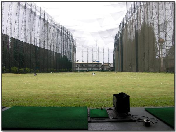 항동 골프장과 로빈슨 앞의 골프연습장